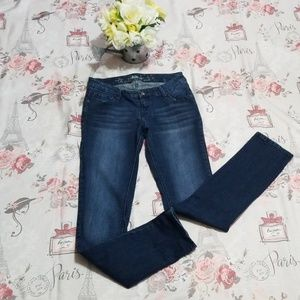 Sale 🛍 EXPRESS Blue Wash Skinny Jeans Size 2